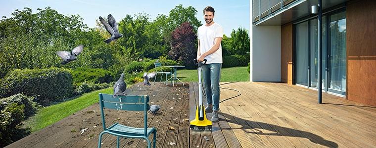 Čistenie terasy s čističom Karcher