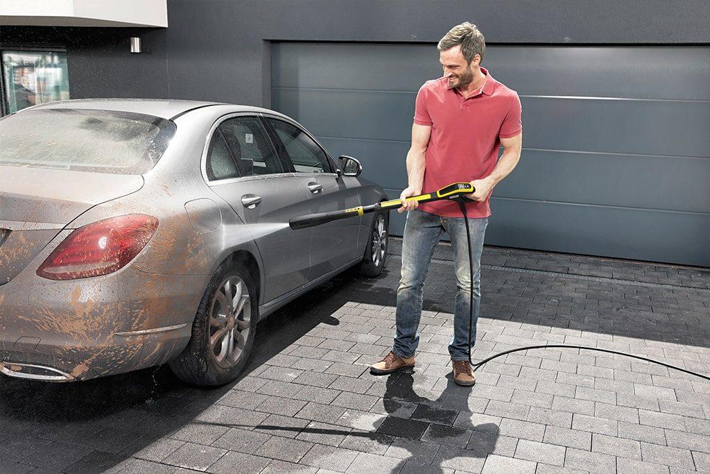 Čistenie auta vysokotlakovým čističom